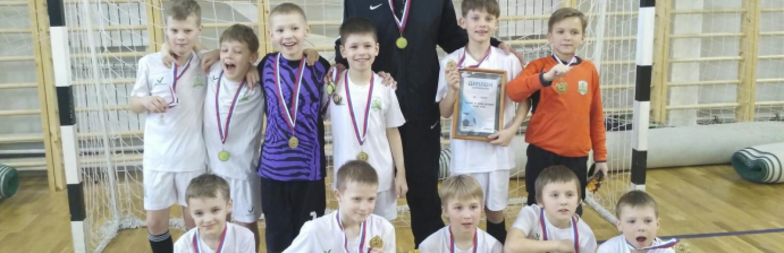 «Электрон U-9» (2009 г.р.) победил на турнире в Дзержинском