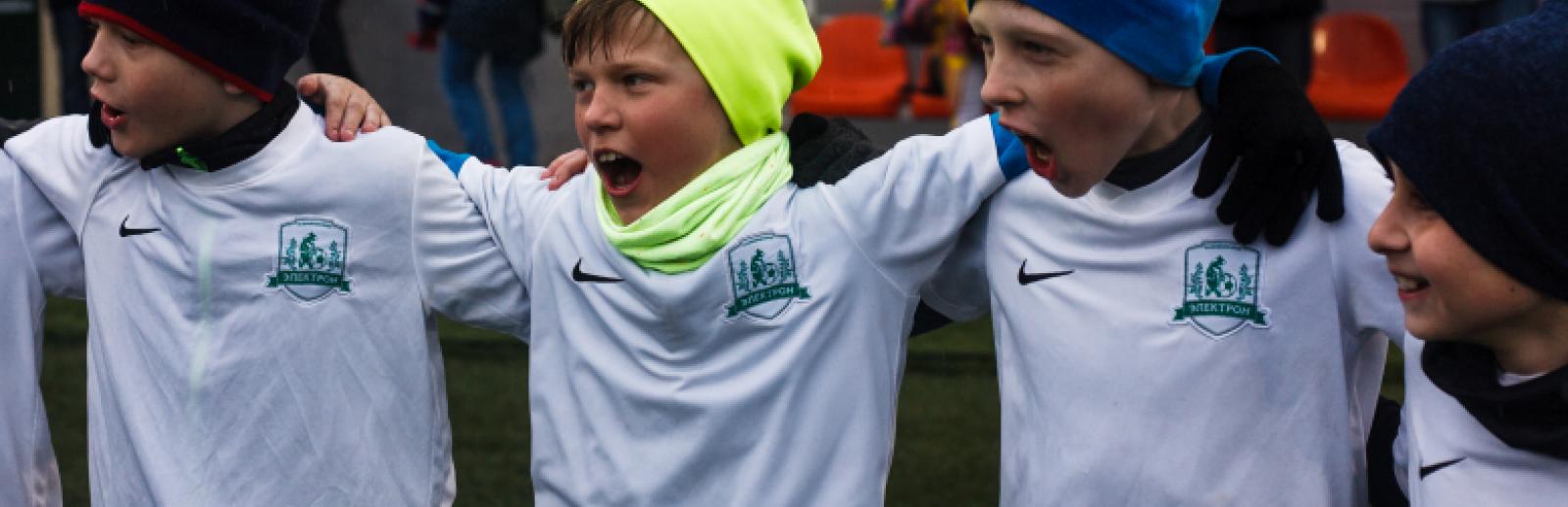 Команды школы «Электрон» с побед стартовали в Первенстве Ленобласти
